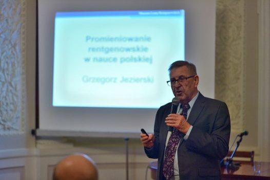 Promieniowanie rentgenowskie w nauce polskiej